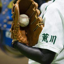 袖に荒川の文字。創部10周年を迎える「アサヒトラスト」女子硬式野球部
