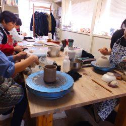 土を楽しむ。町屋の陶芸教室へようこそ ~ 陶房かたち