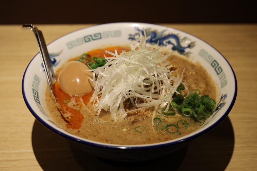 たんたん麺 1番 ちょい辛、味玉トッピング