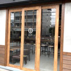 地酒と炭火焼の店「炙頃(あぶりごろ)」町屋の都電通り沿いに7/22開店!