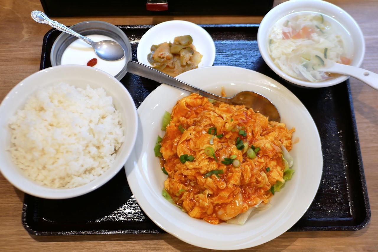 海老と卵のチリソース煮定食